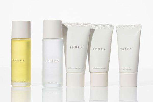 THREE SKINCARE STARTER KIT BL