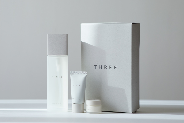 THREE 2019 LOTION KIT